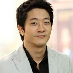 韓国 人気俳優 アレックス プロフィール 画像付