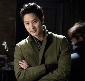 韓国 人気俳優 キム・ジソク プロフィール 画像付