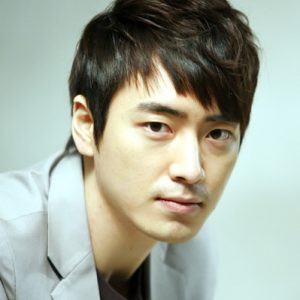 韓国 人気俳優 イ・ジュニョク プロフィール 画像付