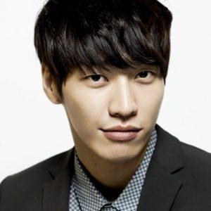 韓国 人気俳優 キム・ヨングァン プロフィール 画像付