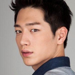 韓国 人気俳優 ソ・ガンジュン プロフィール 画像付