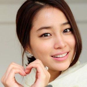 韓国 人気女優 イ・ミンジョン プロフィール 画像付