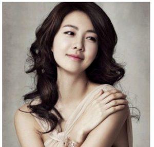 韓国 人気女優 イ・ヨウォン プロフィール 画像付