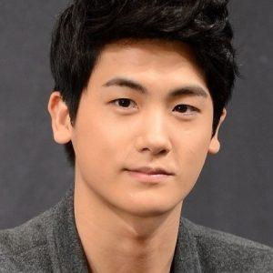 韓国 人気俳優 パク・ヒョンシク プロフィール 画像付