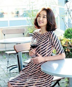 韓国 人気女優 スエ プロフィール 画像付