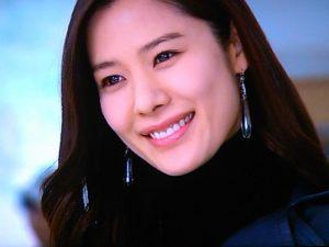 韓国女優名鑑 韓国女優 チェ・ユンソ